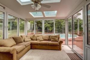 Lakefield sunroom