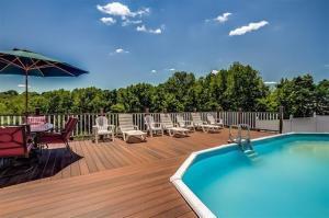 Castleknoll pool