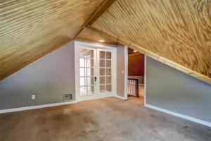 Montclair upstairs