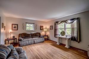 Carthage Living Room