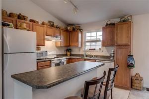 Eagle Creek kitchen